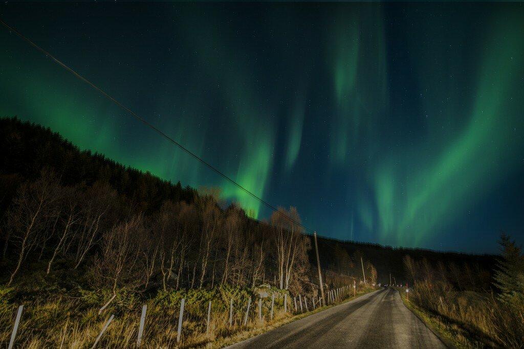 aurora-borealis-1018658_1920